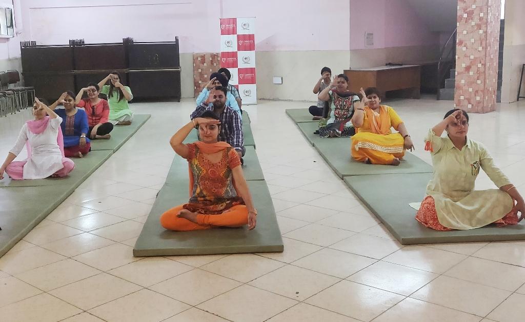 Yoga-gjimt-3