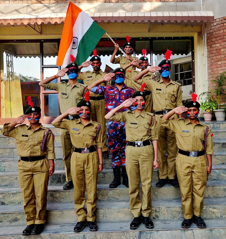 Flag Day of India (1)