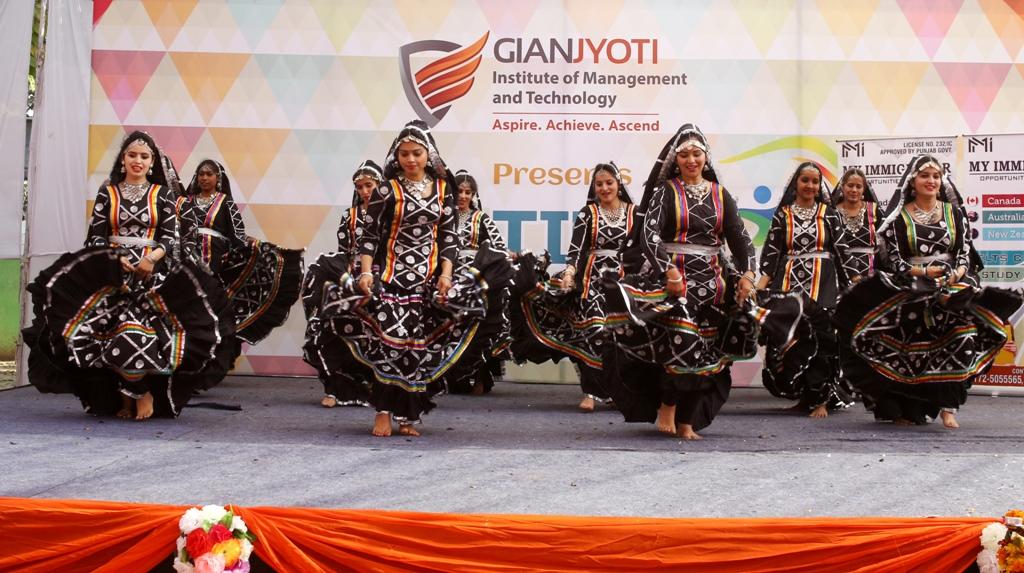 Theme Dance @Pratibha (1)