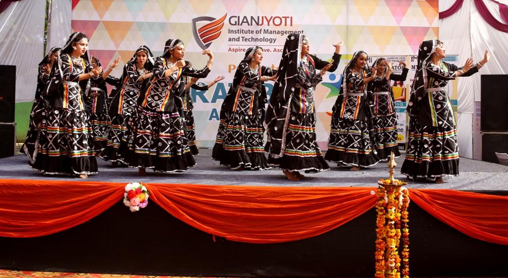 Theme Dance @Pratibha (2)