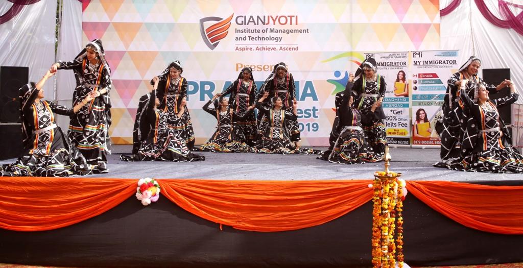 Theme Dance @Pratibha (3)