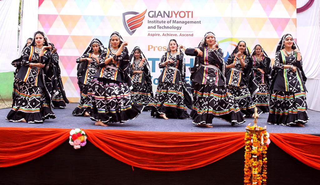 Theme Dance @Pratibha (4)
