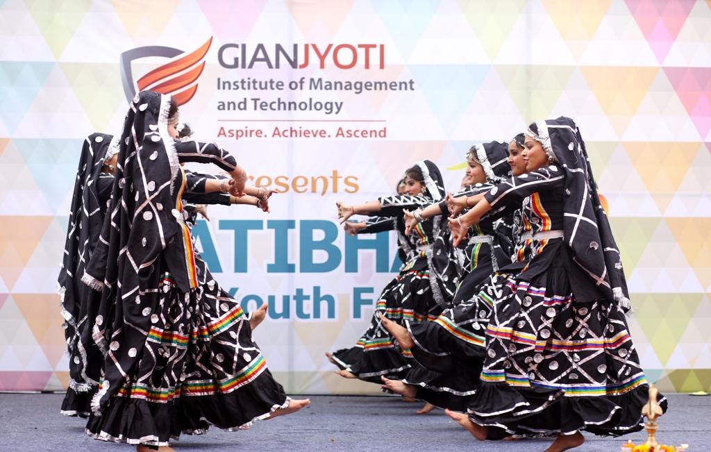 Theme Dance @Pratibha (5)
