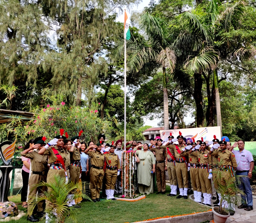 Flag Hoisting Ceremony (2)