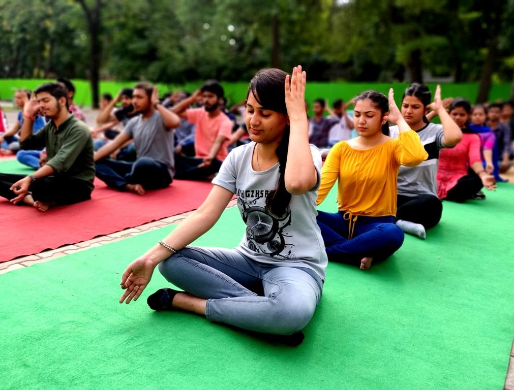 Meditation Thursday (4)
